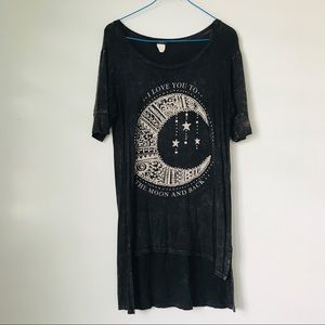 """Deb graphic tee """"I love you to the moon and back"""""""